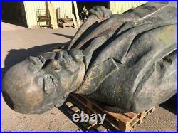 15,7 feet extraordinary statue of Vladimir Ilyich Lenin made of bronze