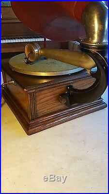 Antique Circa 1908 Standard Talking Machine Phonograph Model A Red Horn