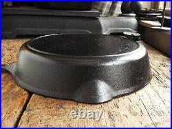 Antique GRISWOLD's ERIE Cast Iron SKILLET Frying Pan # 9 Ironspoon