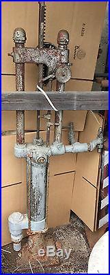 Antique Gilbert & Barker Gas Pump Model 1 T5