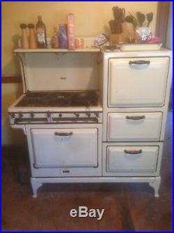 Antique Magic Chef Gas Stove