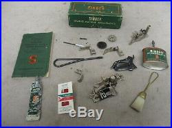Antique SINGER Featherweight Sewing Machine 221-1 Serial # AK762754 Year 1952