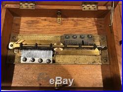 Antique SYMPHONION Walnut Case MUSIC BOX Beautiful Sound Circa 1880. 18 Discs