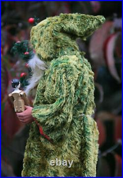 RARE ANTIQUE 17 GERMAN SANTA CHRISTMAS CANDY CONTAINER GREEN MOHAIR COAT c1910