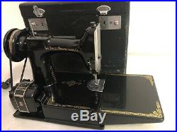 Singer Featherweight 221 Antique Sewing Machine #AK997559 Withcase Pedal & extras