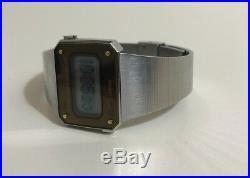 Vintage 1980 Seiko Dot Matrix Scroll LCD Digital Watch D031-4010 Collectibles