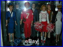 Vintage Barbie Collection 30 Classic Dolls Clothing Accessories 200+ Pieces! EUC