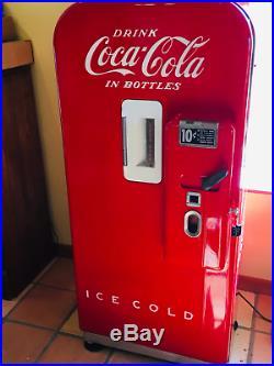 Vintage Working Vendo 39 Antique Coke Machine (1951)