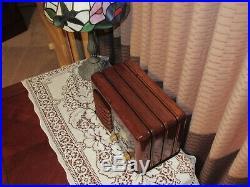 Vintage old wood antique tube radio ZENITH Mdl 6-D-525 Stunning Radio Here