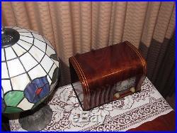 Vintage old wood antique tube radio ZENITH model 6D526 Stunning piece here